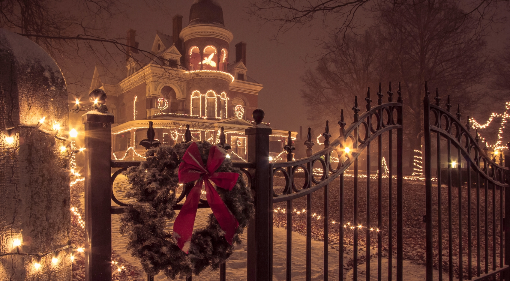 Seiberling Mansion in the snow